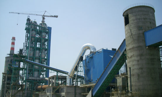 The 2.3Mt/yr HeidelbergCement Jingyang plant in Shaanxi Province was commissioned at the height of the Chinese cement capacity boom in 2007. Source: HeidelbergCement website.